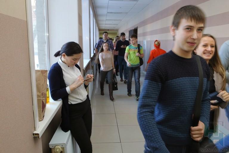 Половина поступивших вновосибирские университеты выпускников - иногородние