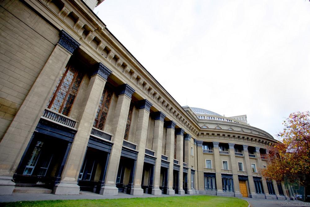 Оперный театр заказал реставрацию буфета-фойе слепниной за76 млн.