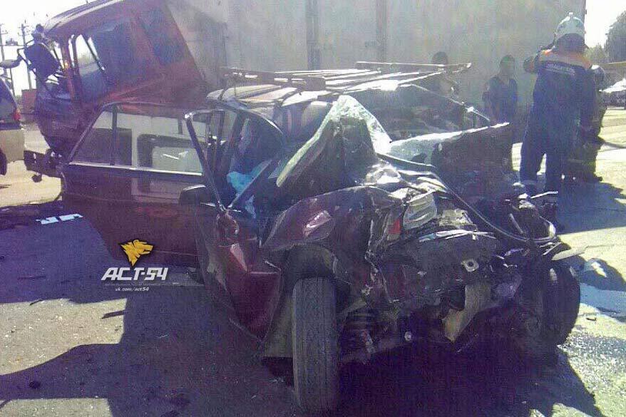 «Жигули» выехали на«встречку» наГусинобродском шоссе: два человека погибли
