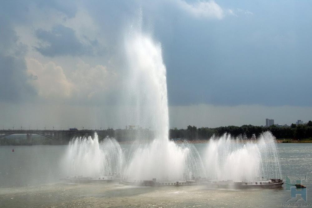 ВНовосибирске артисты Оперного театра выступят назакрытии сезона фонтанов