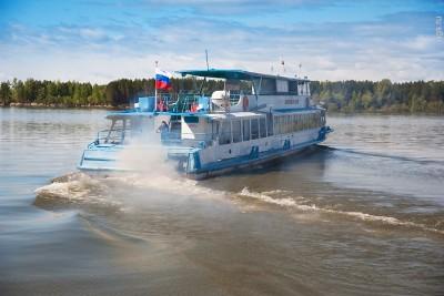 Обь закрыли для водных пассажирских перевозок