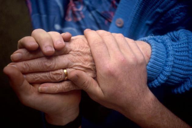 Дочь смужем довели 81-летнюю бабушку досамоубийства