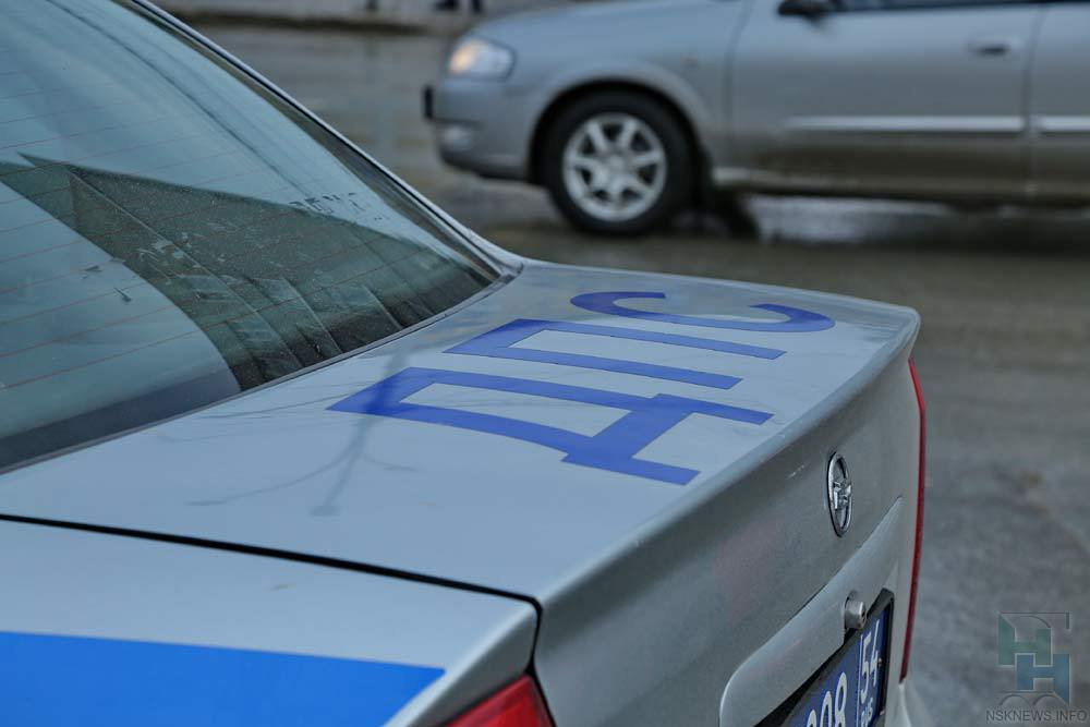 Мать с двухлетним сыном попала под машину на переходе: свидетели обвинили женщину