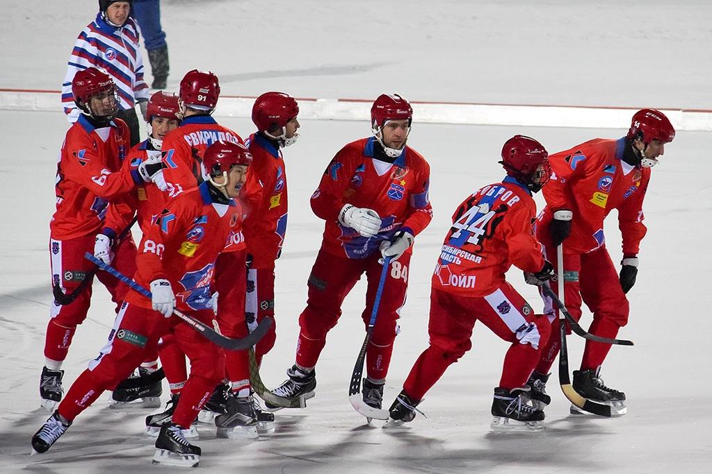 «Байкал-Энергия» разгромил «Сибсельмаш» вматче чемпионата Российской Федерации побенди
