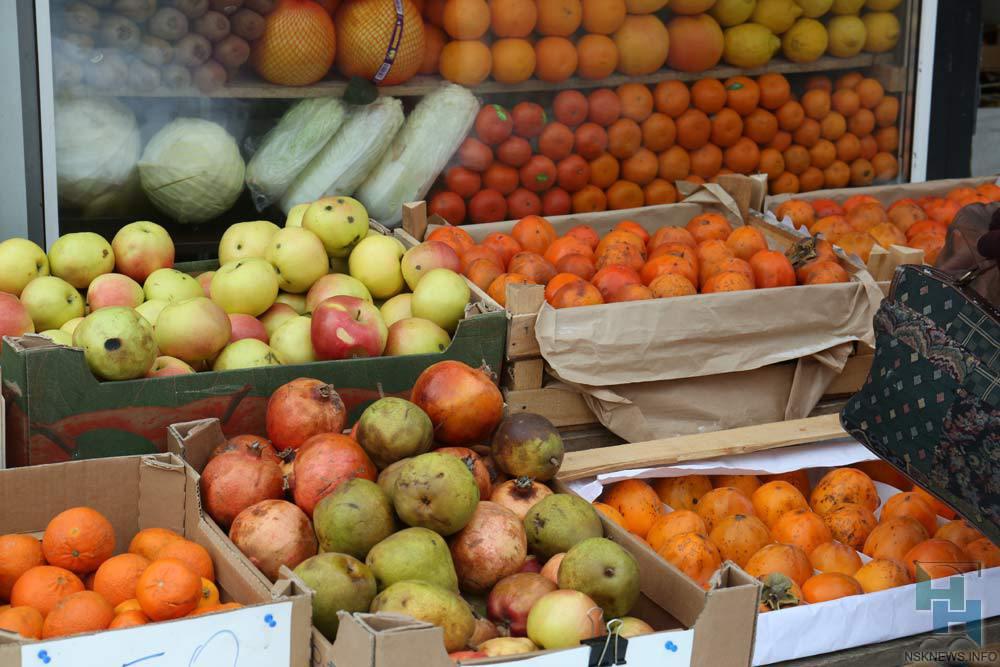 ВНовосибирск непустили 6,5 тонн мандаринов иорехов