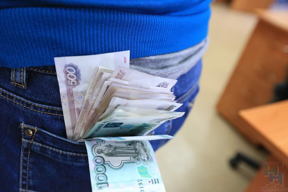 Новосибирцы отдали мошеннику 23 млн. заизбавление отдолгов покредитам