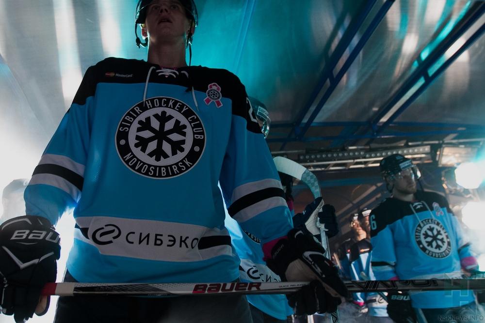 Хоккей сшайбой. Официально: вратарь Иван Налимов покинул «Адмирал»