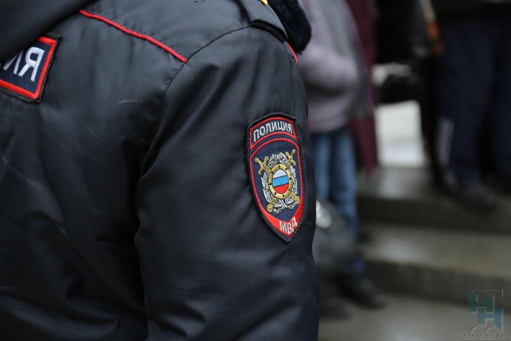 Новосибирских полицейских подозревают впопытке сбыта наркотиков
