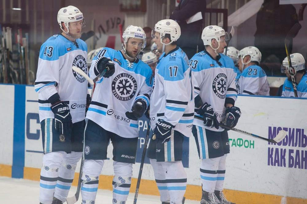 «Сибирь» начала споражения первую выездную серию года— Хоккей