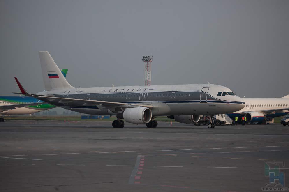 ВНовосибирске вынесли вердикт поделу остолкновении самолета стягачом