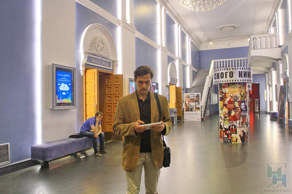 10февраля взалах ожидания четырех вокзалов столицы покажут видеокнигу «Евгений Онегин»