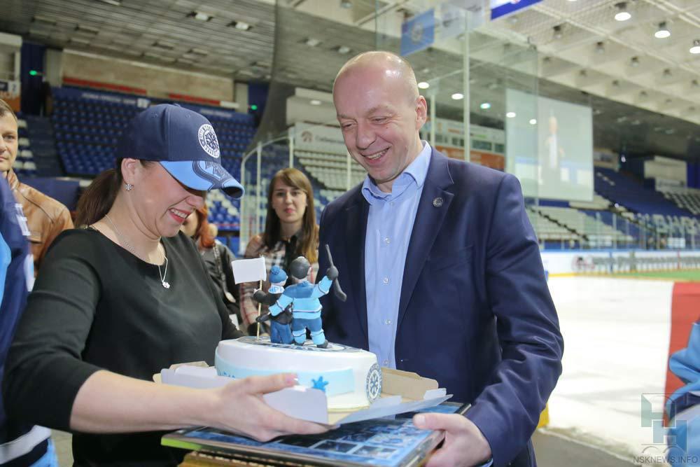 Главный тренер «Сибири» Андрей Скабелка подал вотставку