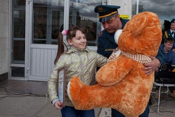 Девятилетняя новосибирская школьница получила премию «Горячее сердце» заспасение ребенка