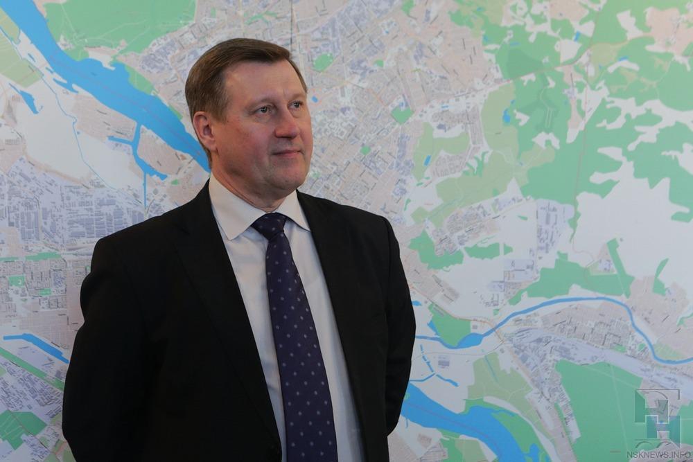 Мэр Новосибирска впоисках 4 млрд руб. обратился кЗюганову