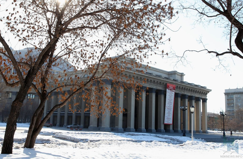Новосибирский театр стал местом альтернативной воинской службы