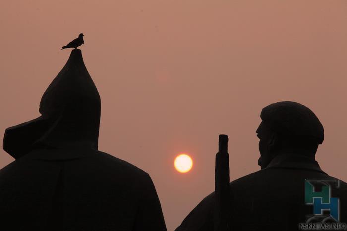 Воздух вНовосибирске наполняют фенол исажа— Синоптики