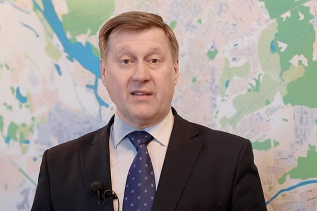 Мэр Новосибирска задал городским жителям вопрос про локоть