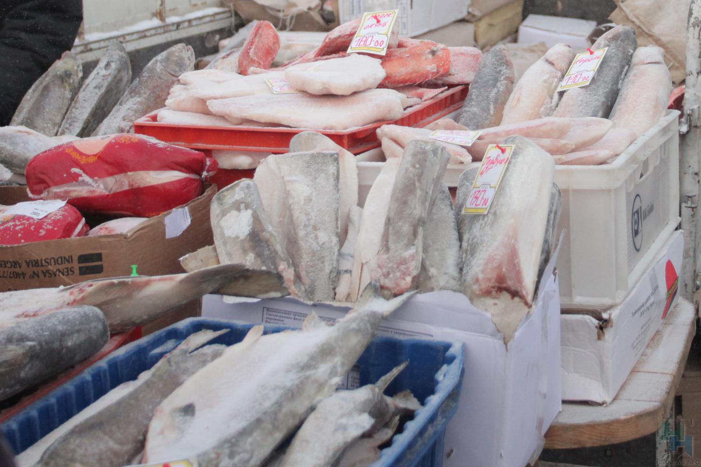 ВНовосибирскую область нелегально ввезли 89 тонн скумбрии ввиде линолеума