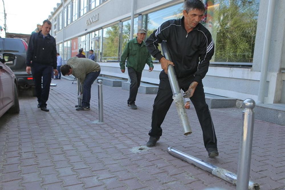 ВНовосибирске генпрокуратура пресекла преступный самозахват автопарковок