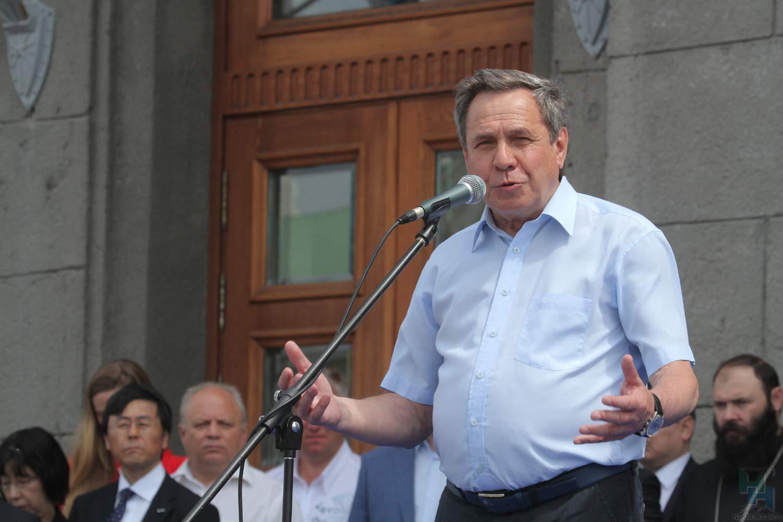 Городецкий назначил себя основным отцом Новосибирской области