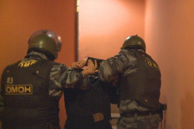 Новосибирская полиция задержала преступника из Бурятии