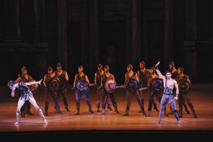 Кехман снимает с репертуара Новосибирского театра оперы и балета еще три спектакля