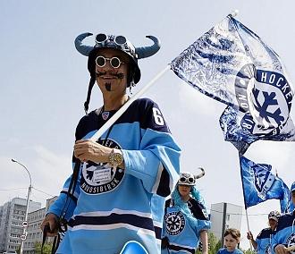 Медведи и Усатый в каске устроят хоккейное шествие под бой барабанов